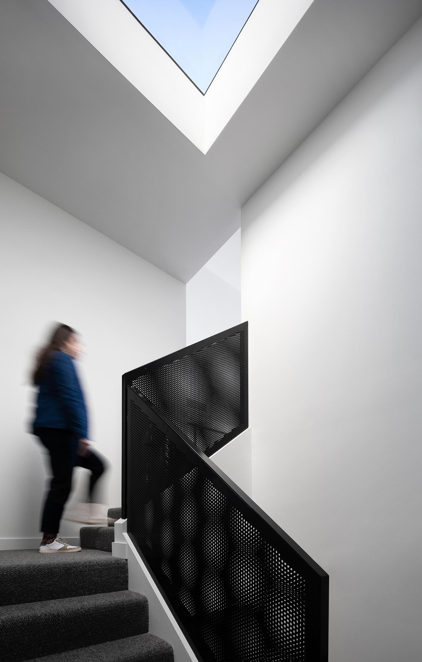 c.kairouz.architects-thornbury-townhouses-interior-staircase