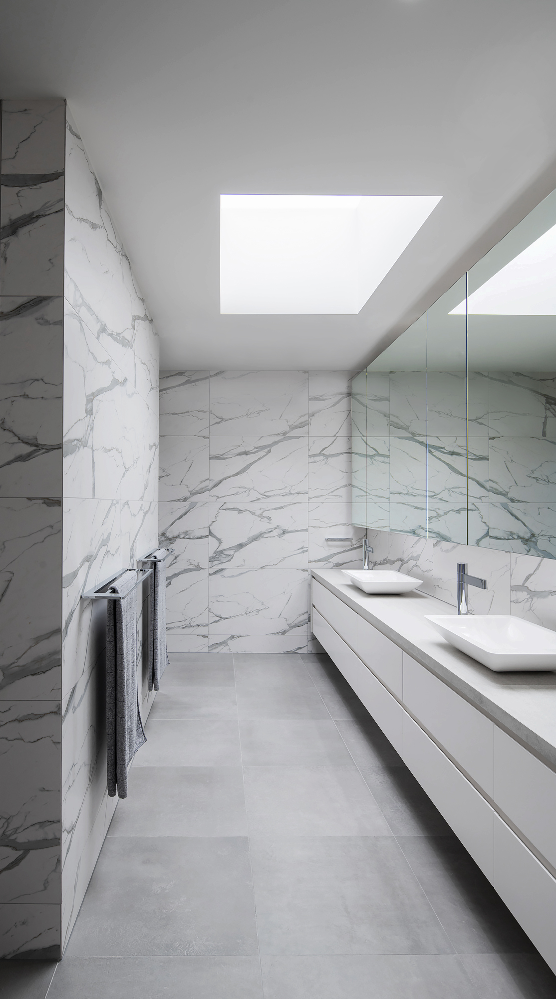 toorak-townhouses-bathrooms-by-c.kairouz-architects