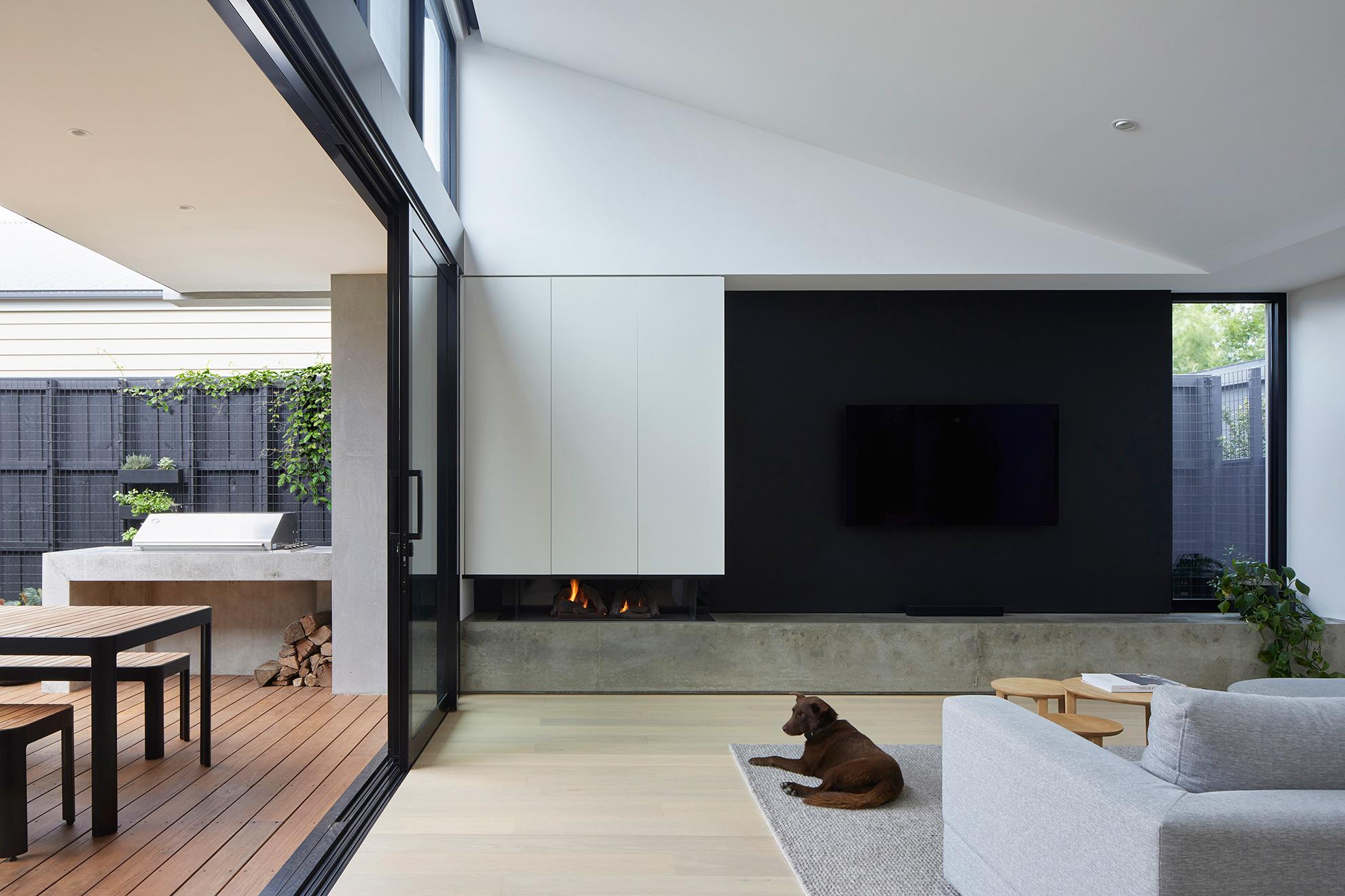 u-house-thornbury-livingroom-ckarch-low-res